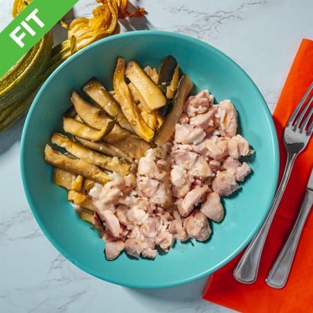 Bocconcini di pollo al limone e zenzero con stick di zucchine