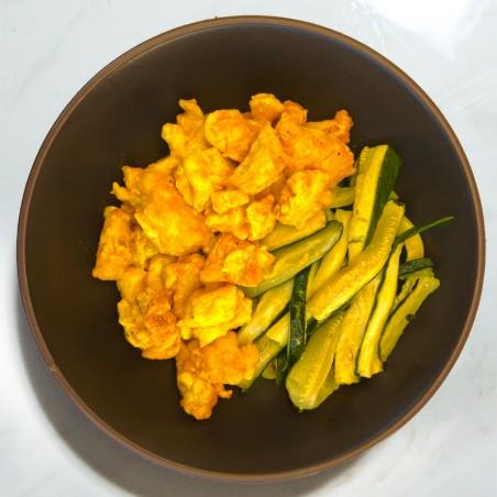 Bocconcini di pollo al mild curry e zucchine al forno